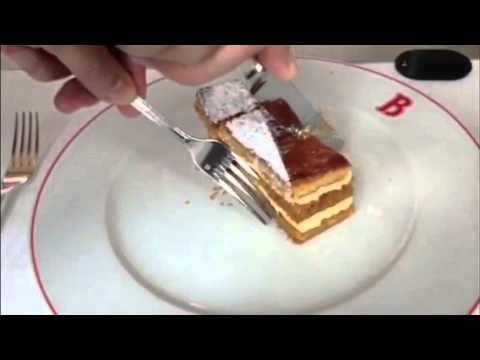 ミルフィーユの切り方・食べ方 - YouTube