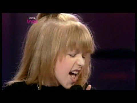 Christina Aguilera at 8 - YouTube