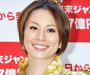 米倉涼子の別居離婚報道は「事実無根」