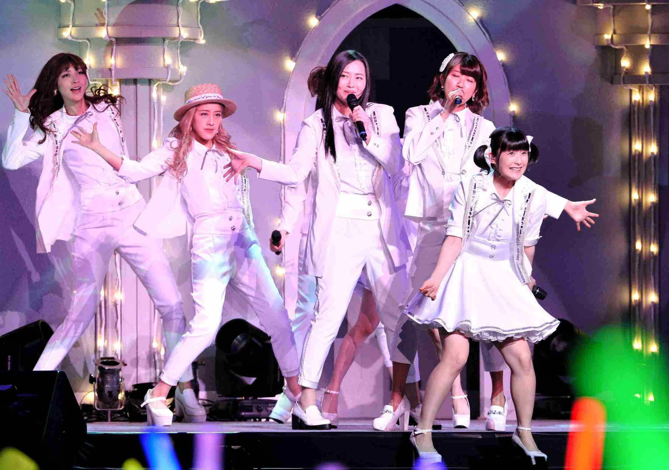 Berryz工房 涙のラストライブ 11年間の活動に終止符 (デイリースポーツ) - Yahoo!ニュース