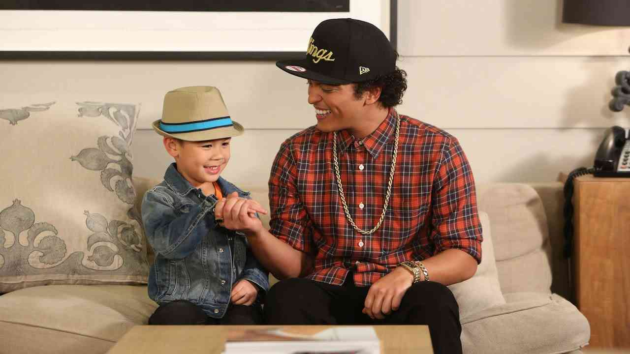 Bruno Mars Sings with Kai - YouTube