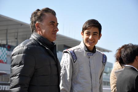 アレジとゴクミの息子ジュリアーノ、鈴鹿で日本初走行を披露 (オートスポーツweb) - Yahoo!ニュース
