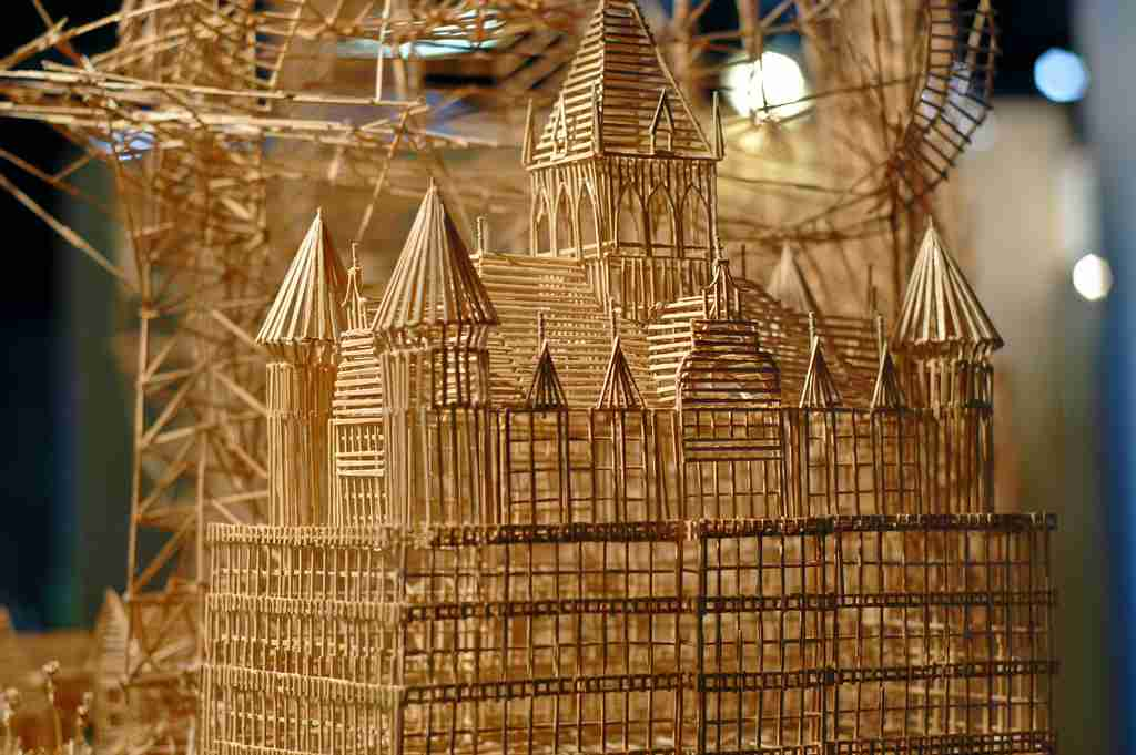 One man, 100,000 toothpicks, and 35 years: An incredible kinetic sculpture of San Francisco | Colossal