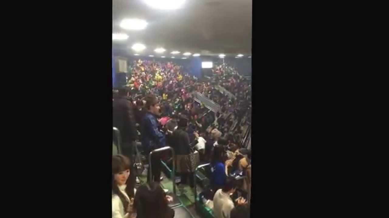 2015/03/03 Berryz工房@武道館 終演後 - YouTube