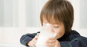 「子供に牛乳はあまり飲ませない方がいい?」で議論