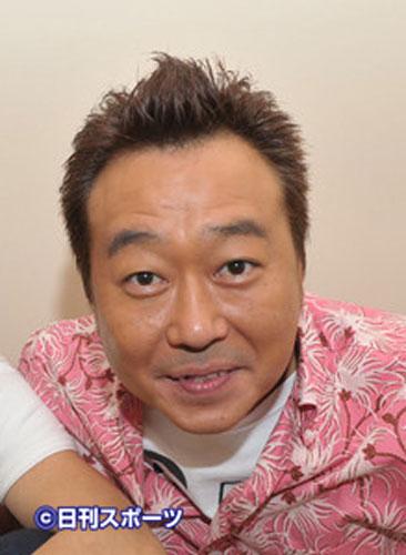 三村マサカズが谷沢恵里香の胸を揉む一幕 視聴者を騒然とさせ賛否渦巻く - ライブドアニュース