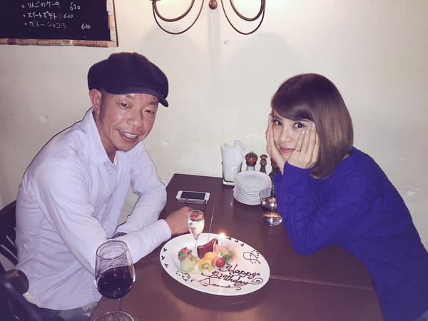 坂口杏里、小峠英二と24歳誕生日会「ことぅーげがお祝いしてくれました」