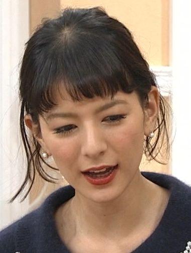 スザンヌ離婚 背景に夫・斉藤和巳と女子プロゴルファー上田桃子との「不倫」