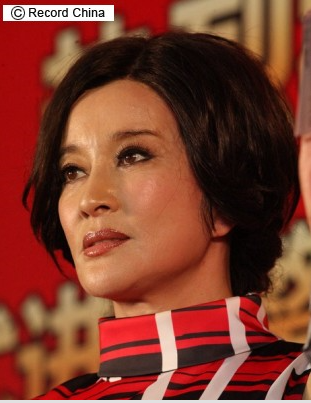 「中国最強の美魔女」リウ・シャオチン、「日本人が年齢バラした」と怒り!