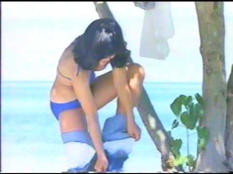 宮崎美子 MINOLTA X-7(1980年 ジーパン脱ぎ脱ぎ) - YouTube