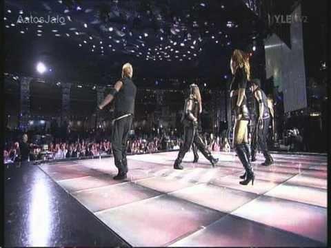 "Namie Amuro, ""Hide & Seek"" (Live At The 2010 World Music Awards) - YouTube"