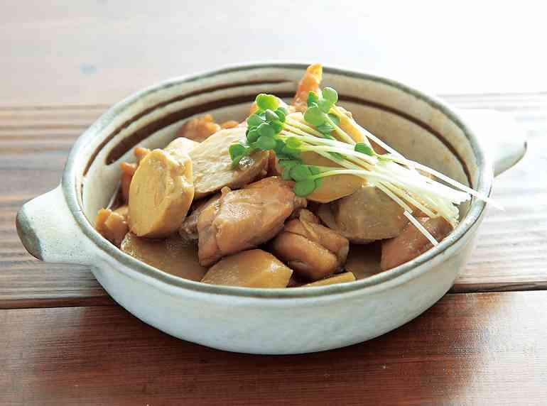 【動画あり】レンジで一発 サトイモと鶏肉の煮物   よみファクッキング