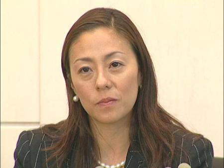 「あれはなんですか!」RIKACO、ウエディングドレスに過剰反応! 渡部篤郎再婚に動揺か