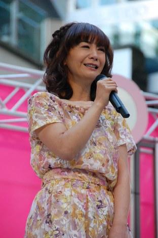 華原朋美、『PON!』レギュラー就任ファンに生報告「信用してもらえた」と号泣 | ORICON STYLE