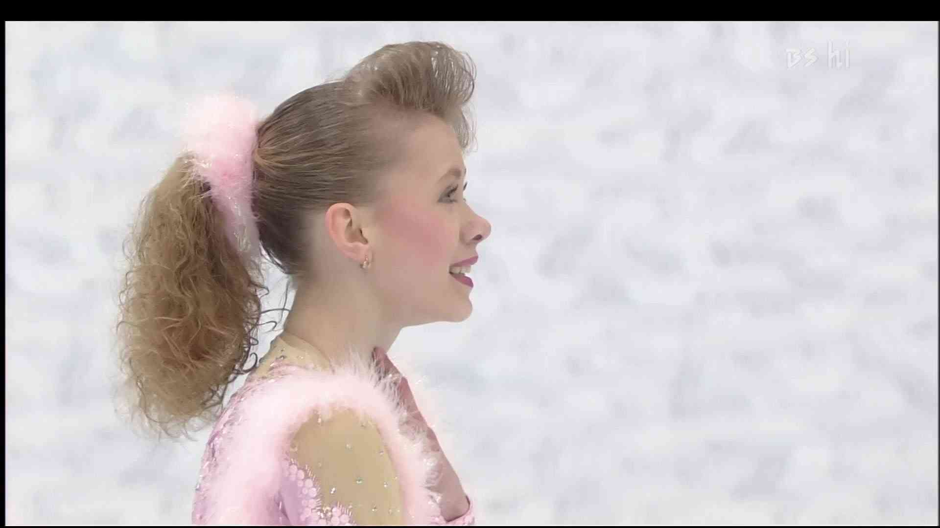 [HD] Oksana Baiul - 1994 Lillehammer Olympic - Free Skating - YouTube