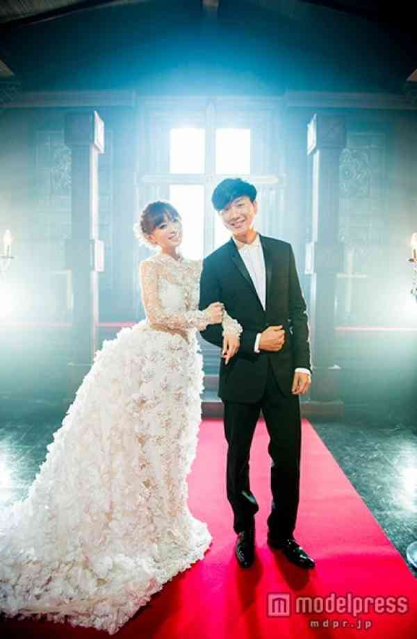 浜崎あゆみ、ウエディングドレス姿を披露「すごく喜びを感じている」 - モデルプレス