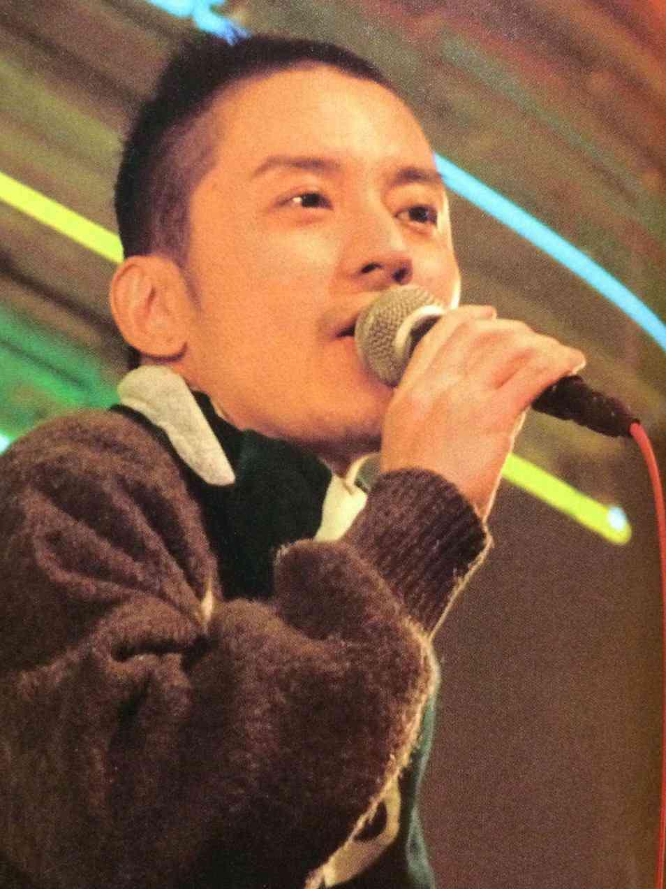 「アイドルが夢を売るって誰が決めたか知りませんけど…」関ジャニ∞・渋谷すばる、ライブでの発言で物議
