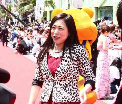 椿鬼奴、グランジ佐藤との結婚「今年中には」 (スポーツ報知) - Yahoo!ニュース