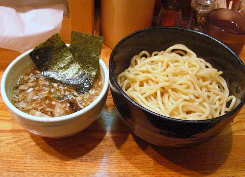 九州のロングセラー「うまかっちゃん」につけ麺登場!