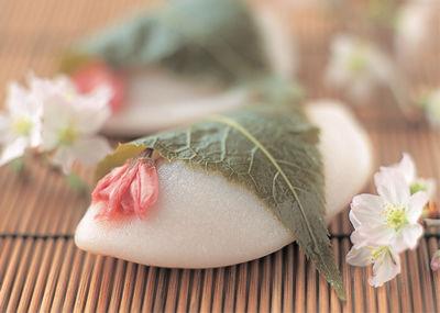 桜餅、東西どっち派ですか?