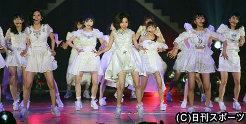 ぱるる単独センターの新曲「僕たちは戦わない」披露 - AKB48 : 日刊スポーツ
