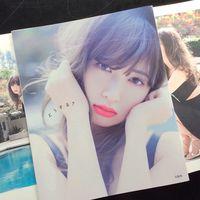 こじはるの最新写真集「どうする?」が発売前から話題に…AKB48の小嶋陽菜 - NAVER まとめ