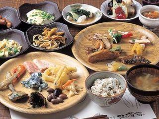 食べ放題好きな方〜?