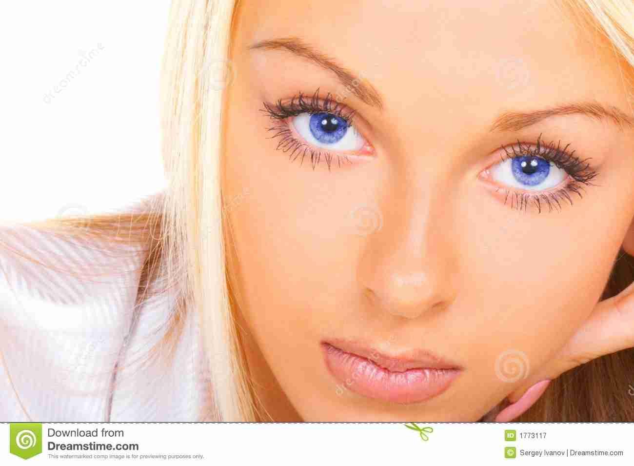 レーザーによりブルーの瞳を手に入れる!?米国でもすでに実験段階。
