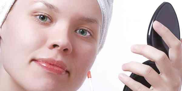 あなたの化粧品は安全?本当は肌に悪い7つの危険な成分