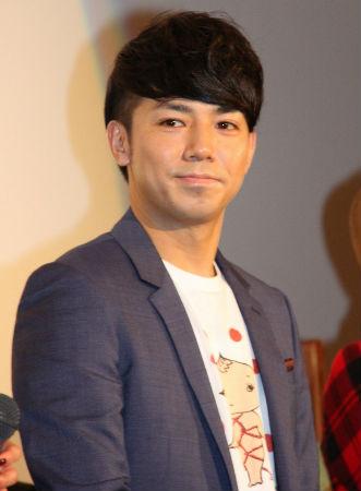 AKB48小嶋陽菜がピース綾部祐二にキツイ一言「(画面に)入ってこないで」