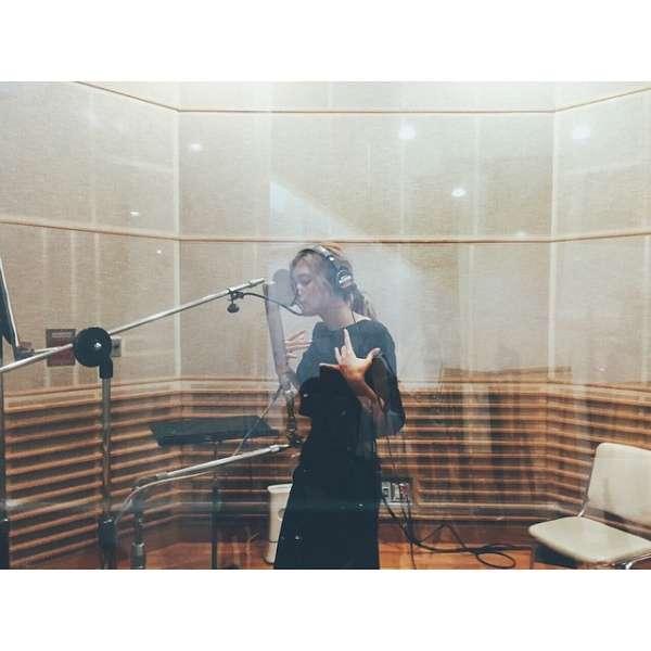 ローラ、新曲をレコーディング中か。「次はどんな曲!?」と早くも期待の声が続出。