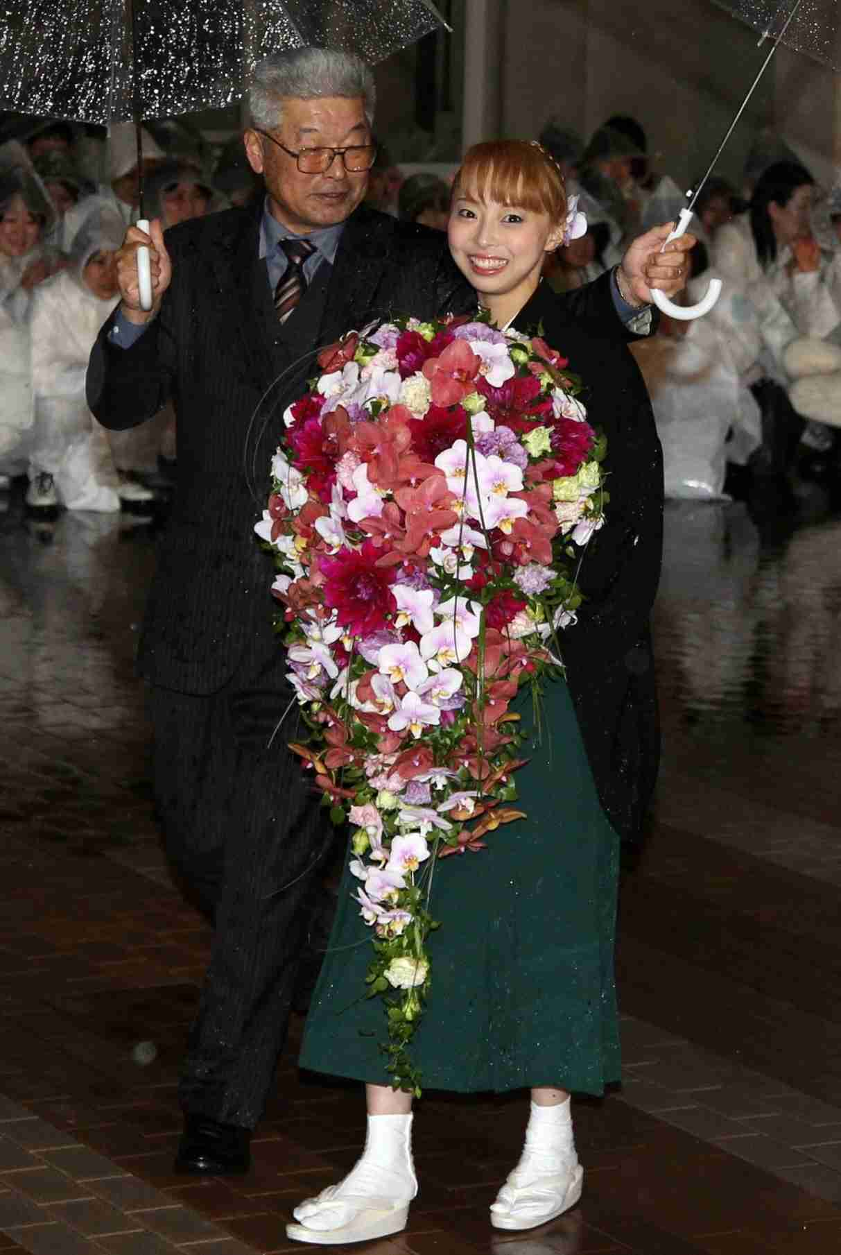相武紗季の姉・音花ゆり、本拠地に別れ…タカラヅカ屈指の歌姫 (デイリースポーツ) - Yahoo!ニュース