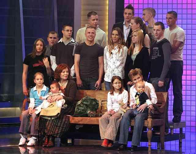 65歳のドイツ人女性が四つ子を妊娠 四つ子の母として世界最高齢に
