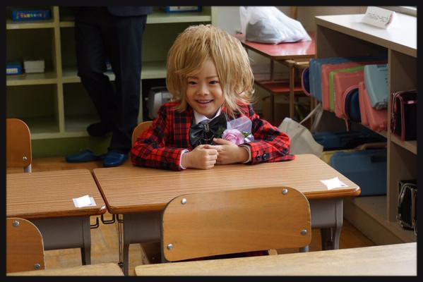 6歳のホストこと琉ちゃろがついに小学生に!入学式の様子をご覧ください