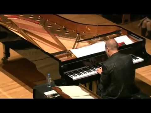 久石 譲 ピアノの現場は演奏します - あの夏へ (千と千尋の神隠し) - YouTube