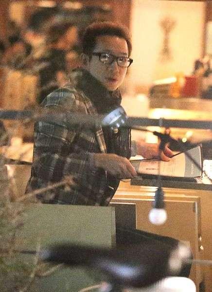 田原俊彦が28歳年下の女優と「不倫密会」…フライデー報じる