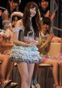「2人で休憩しましょうよ~」AKB48・小嶋陽菜、業界有力者ドン引きの夜の営業術