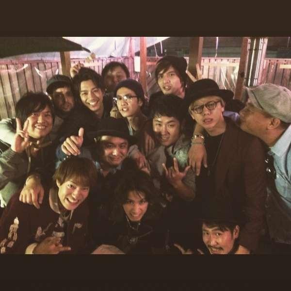 ONE OK ROCK・Takaの誕生日パーティ。駆けつけたメンバーが豪華すぎる! | Techinsight|海外セレブ、国内エンタメのオンリーワンをお届けするニュースサイト