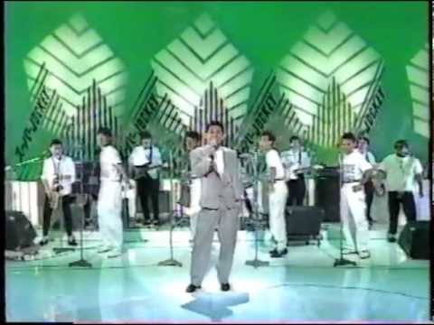 ロンリーボーイロンリーガール/ビートたけし - YouTube