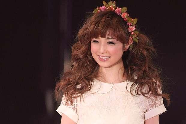 小倉優子 夫婦関係がうまくいっていないかのような発言繰り返す - ライブドアニュース