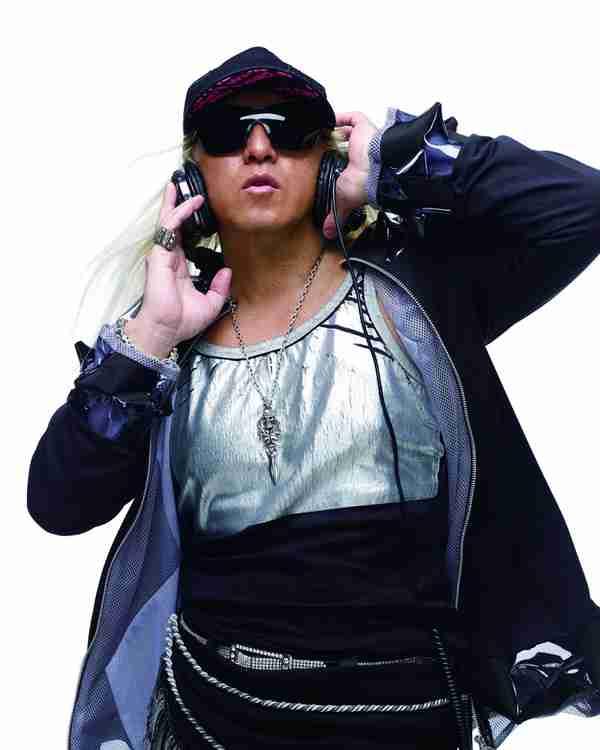 DJ KOOが「けん玉」とコラボ! TRFの楽曲も収録する「ミュージックけん玉」発売   RBB TODAY