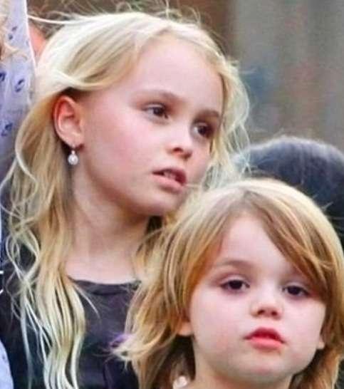ジョニー・デップの娘、リリー・ローズ・デップがシャネルの顔に