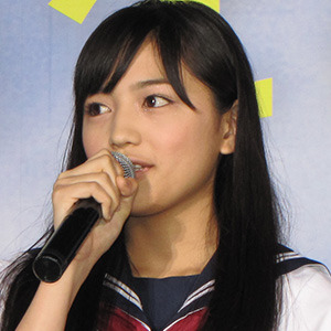 川口春奈に「顔大きい」の声 - 日刊サイゾー