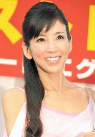 川島なお美、肝内胆管がんで手術していた