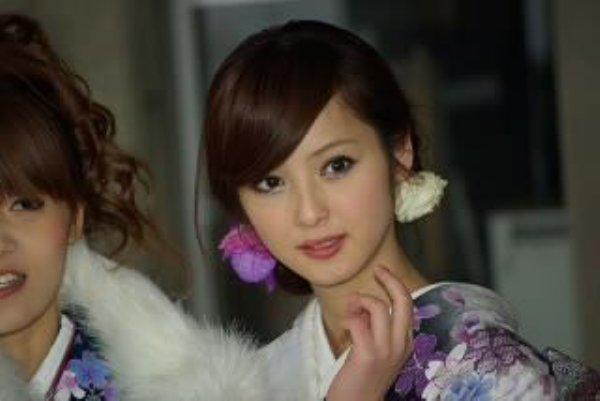 成人式 髪型 成人式 髪型 芸能人 : 芸能人の美人と一般人の美人の ...