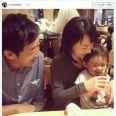 石田純一・東尾理子夫妻の幸せ家族写真に反響「パパと似てますね」「すごい血のつながり」