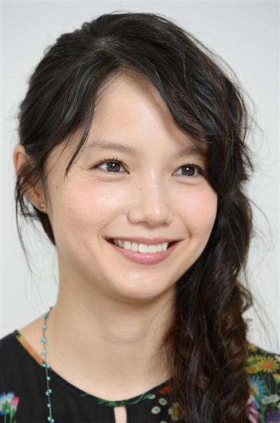 V6岡田准一と不倫愛報道、追突事故…それでも宮崎あおいの人気が落ちないワケ