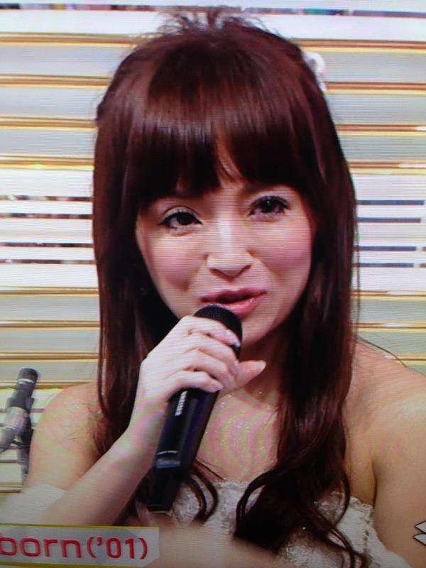あゆ m ステ 号泣