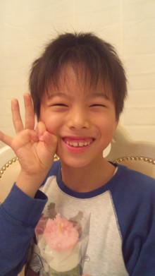 「母のようになりたい。東京五輪の開会式で歌いたい」渡辺美奈代の長男が芸能界デビュー