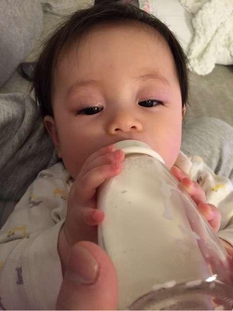 蛯原英里、母乳の悩みを救ってくれた言葉「一滴でも母乳育児なんだよ」